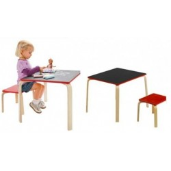 Chalkboard stalas su kėde